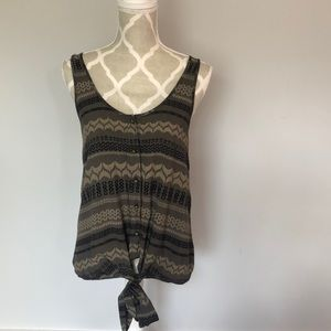 Sleeveless Patterned Front-tie Tank